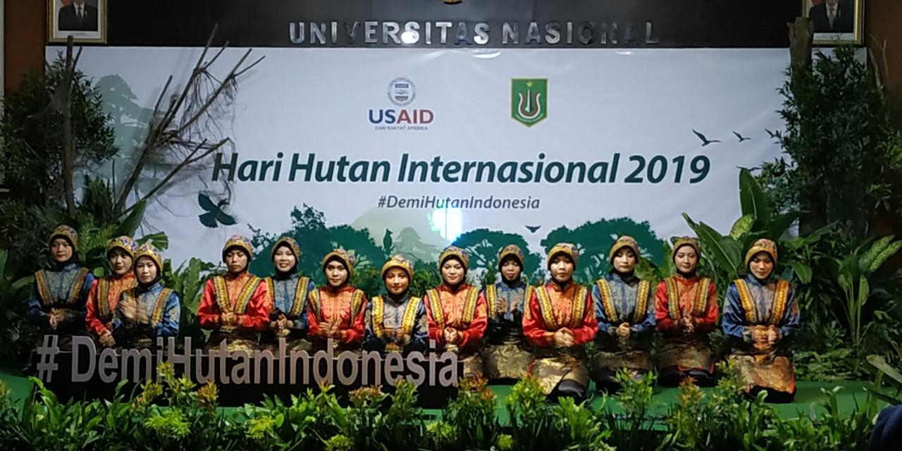 Demi Hutan Indonesia, Learn to Love the Forest