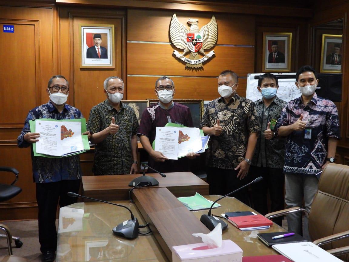 Upayakan Penyelamatan Satwa Langka Lutung Sentarum, Balai Besar TaNa Bentarum Gandeng IPB University